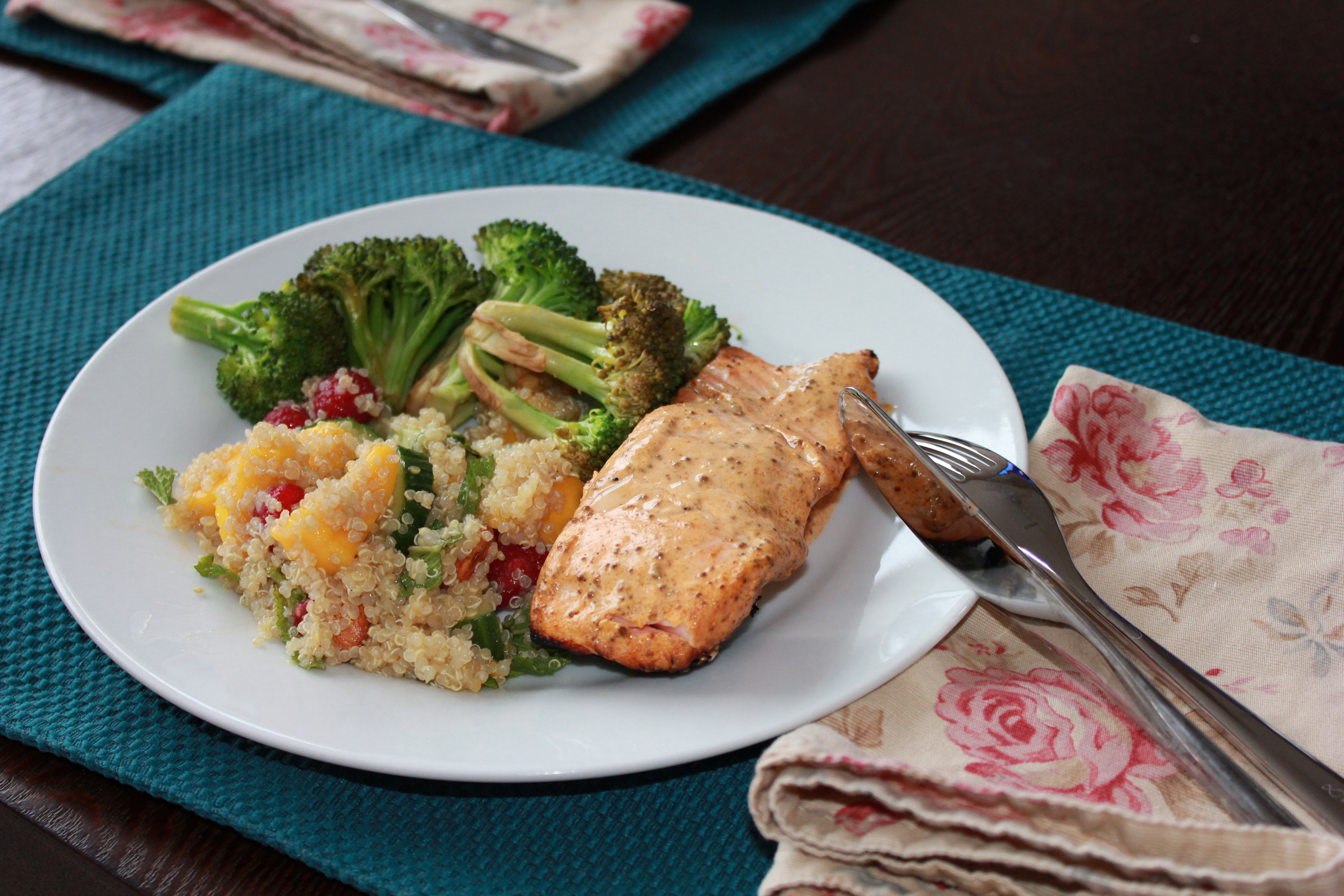 Curried Salmon and Mango Quinoa | The Toque Girls